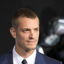 joel-kinnaman-columbia-pictures-robocop-los-angeles_4062092
